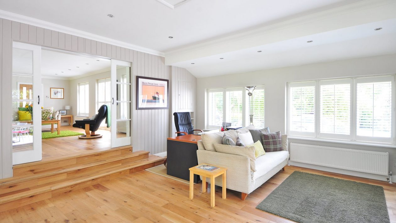 How To Keep Your Hardwood Floor Its Best During The Sunny Season?